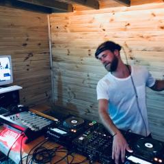 Travis Wild – Live at La Excusa Jose Ignacio, Urugua